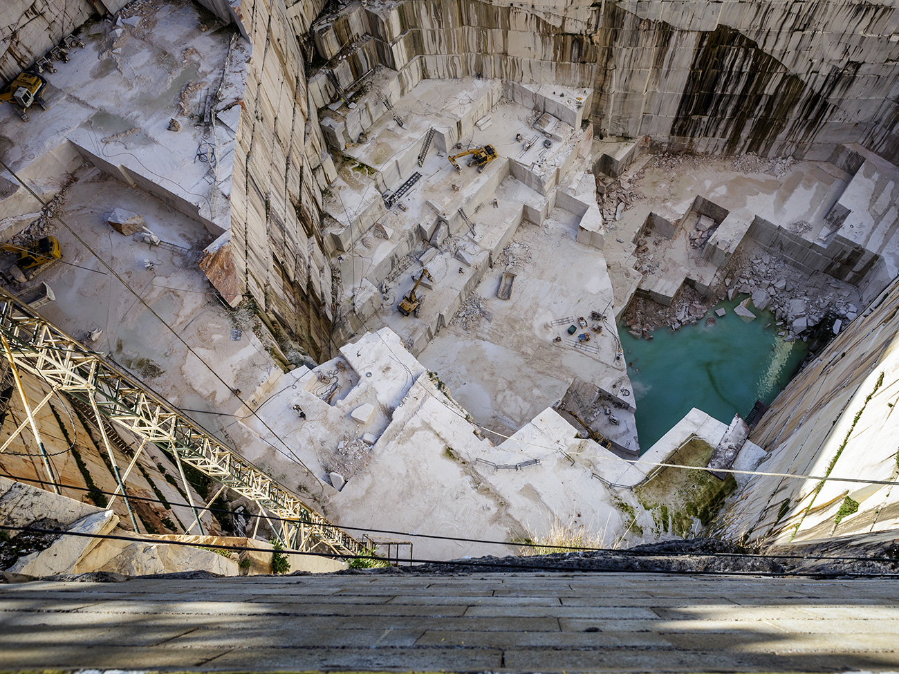 The Great Source of Portuguese Marble : Primeira Pedra